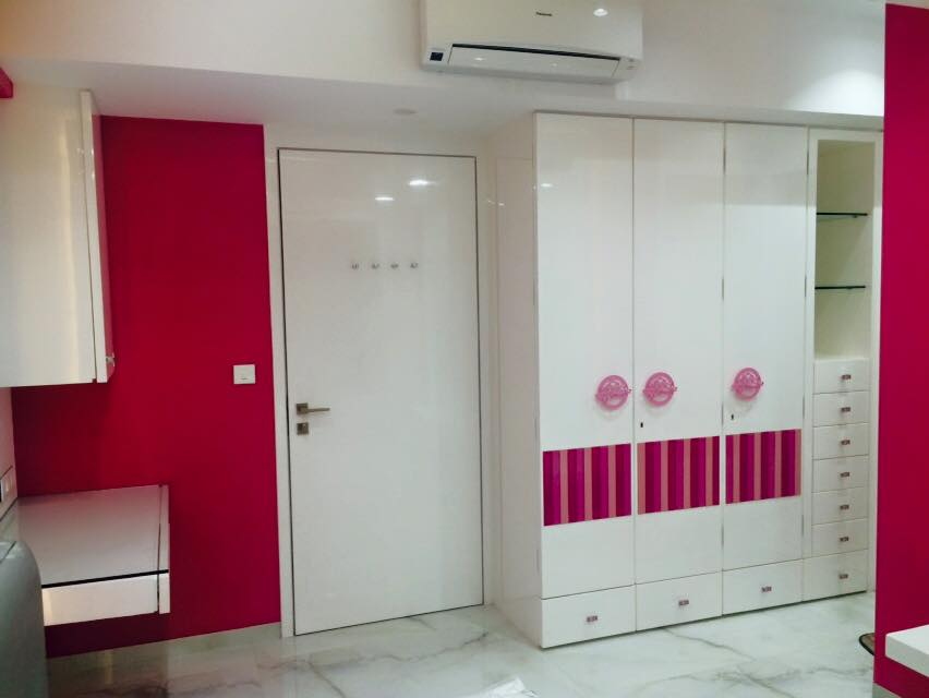 White Shade Wardrobe Style by Prashant jain Bedroom Modern | Interior Design Photos & Ideas