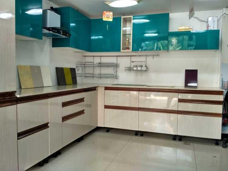 Modern Kitchen. by Amarjit Singh Modular-kitchen Modern | Interior Design Photos & Ideas