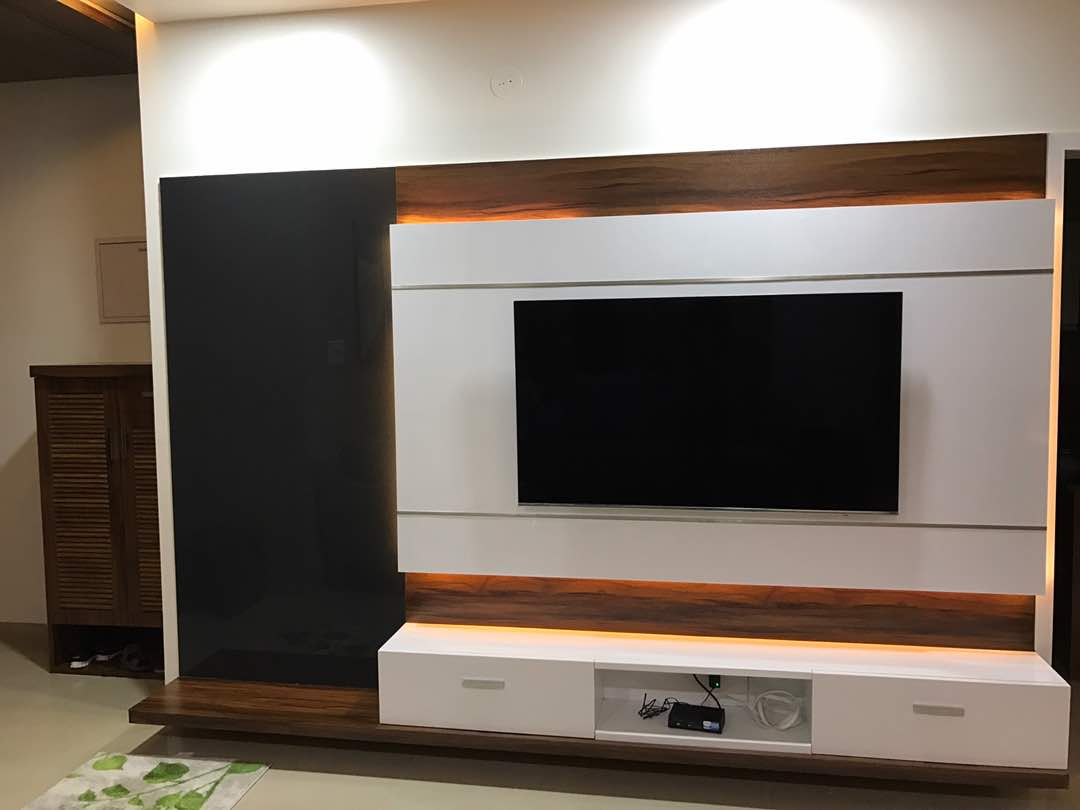 Entertainment center with White base drawers by Simi Jajoo Living-room Contemporary | Interior Design Photos & Ideas