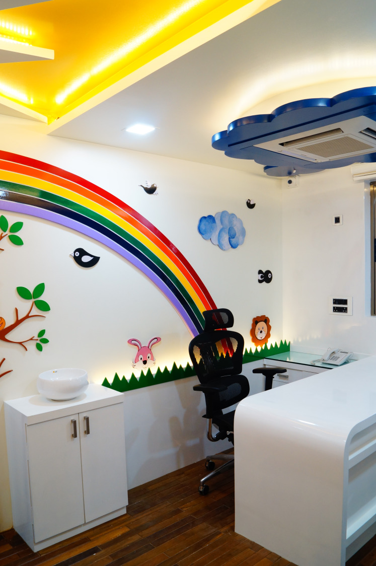 The rainbow song by Aishwarya Sagar Kadam Contemporary | Interior Design Photos & Ideas
