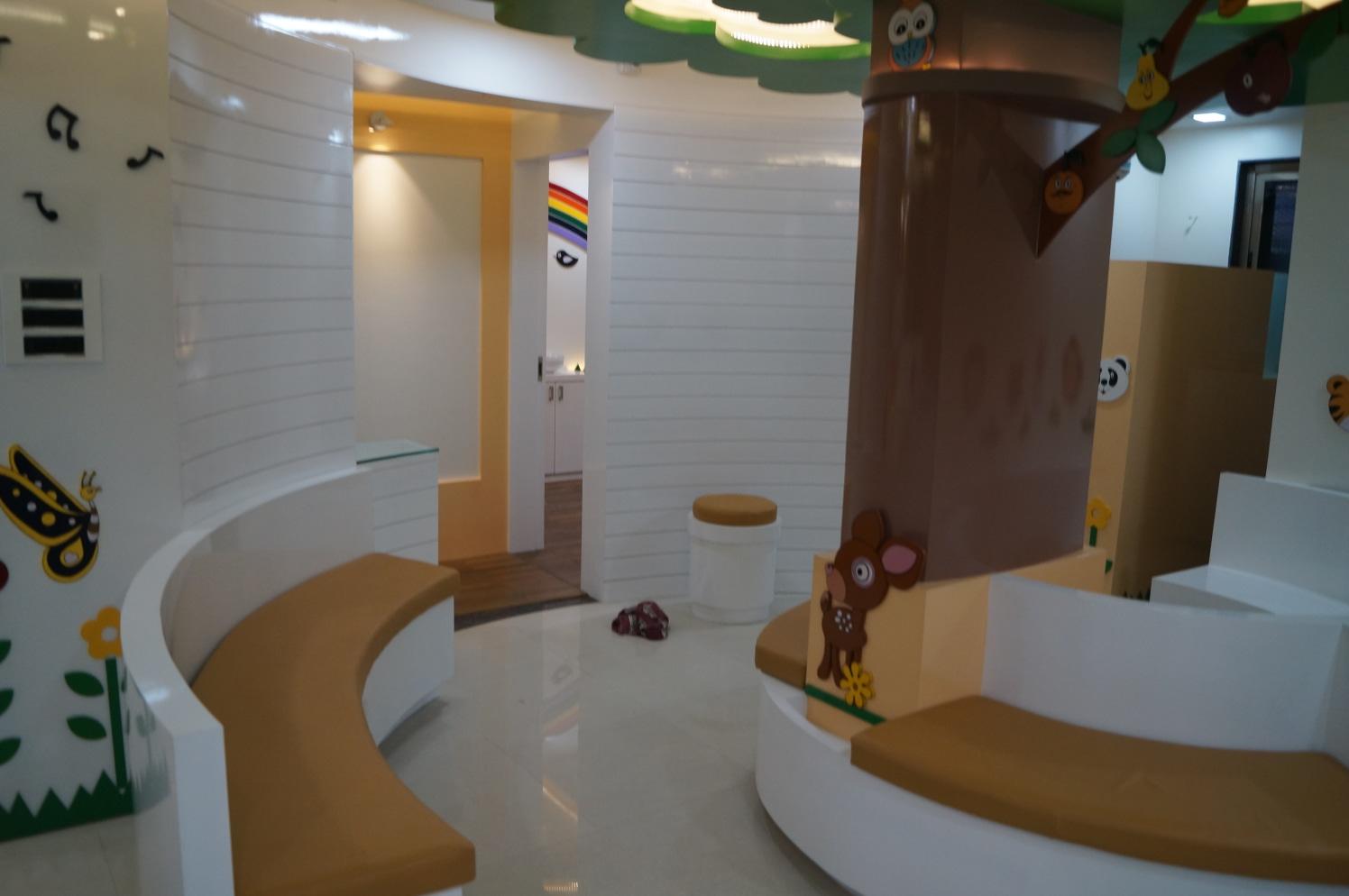 Playful Minds by Aishwarya Sagar Kadam Contemporary | Interior Design Photos & Ideas