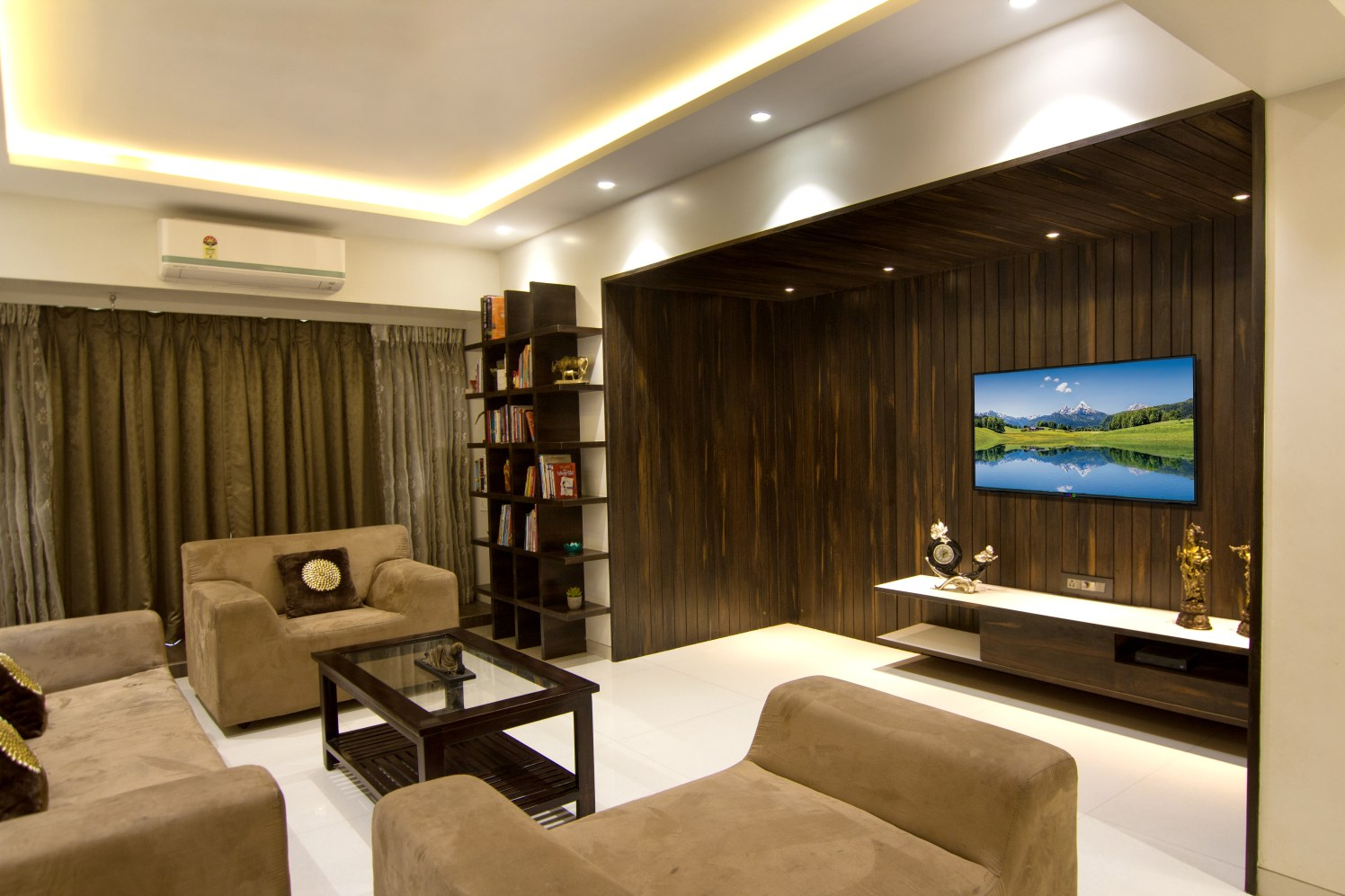Living Room by Rupali Naik Modern | Interior Design Photos & Ideas