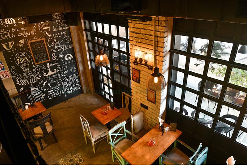 Coffee solves half the problems. by Shweta Makwana Modern | Interior Design Photos & Ideas
