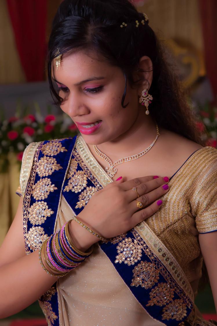 Bride Pose by Karthik Wedding-photography | Weddings Photos & Ideas