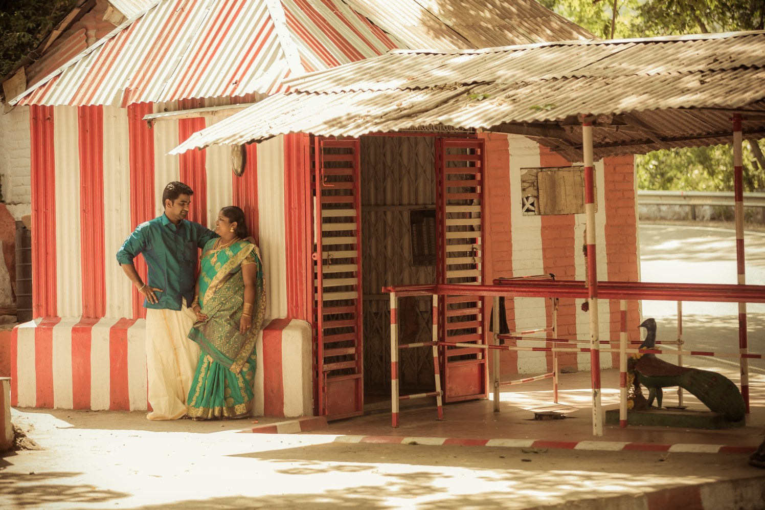 Outdoor Pre-Wedding Shoot Location Ideas by Karthik Wedding-photography   Weddings Photos & Ideas