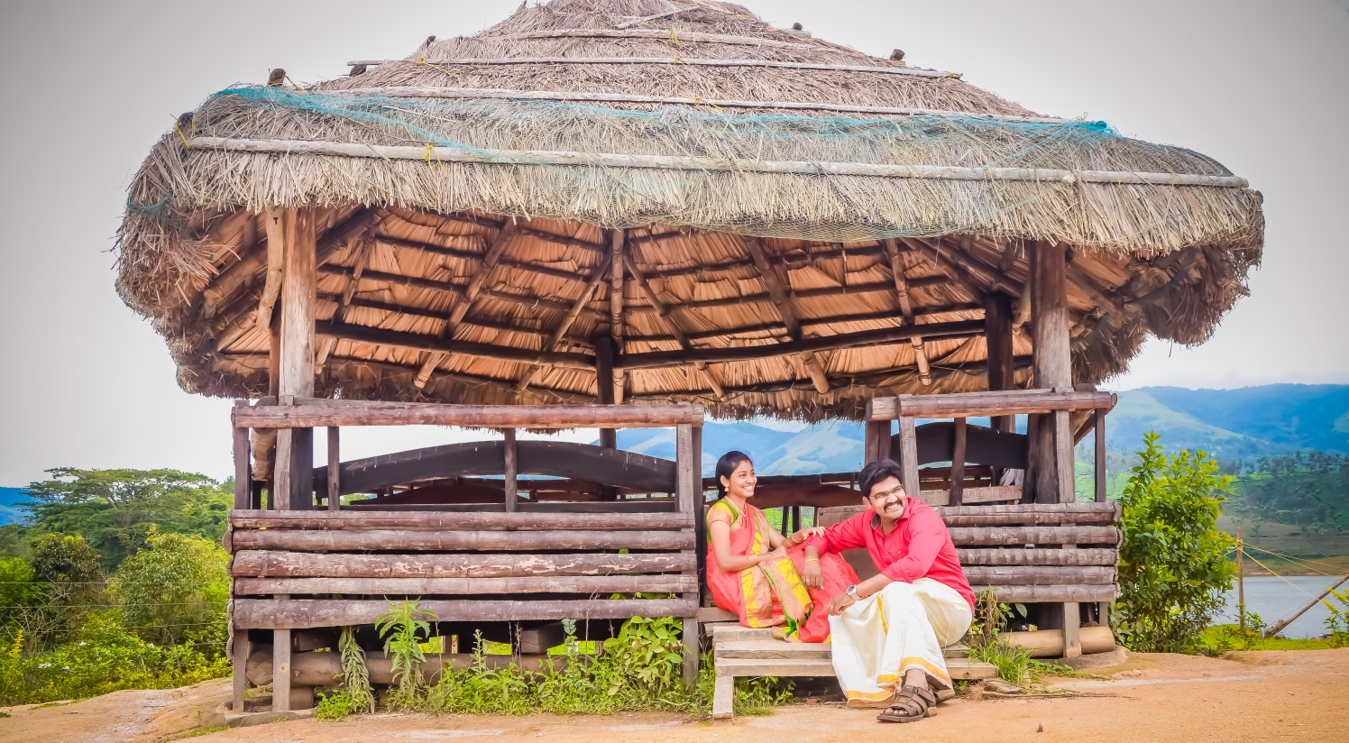 Outdoor Pre-Wedding Shoot Location Ideas by Karthik Wedding-photography | Weddings Photos & Ideas