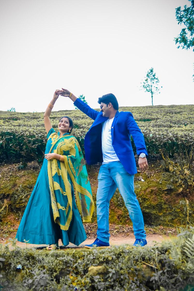 Filmy Style Pre-Wedding Shoot by Karthik Wedding-photography | Weddings Photos & Ideas
