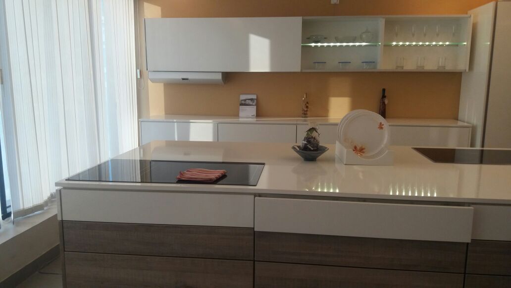 Parallel Kitchen With Minimalistic Cabinets by Gunjan Mehrotra Modular-kitchen Minimalistic | Interior Design Photos & Ideas