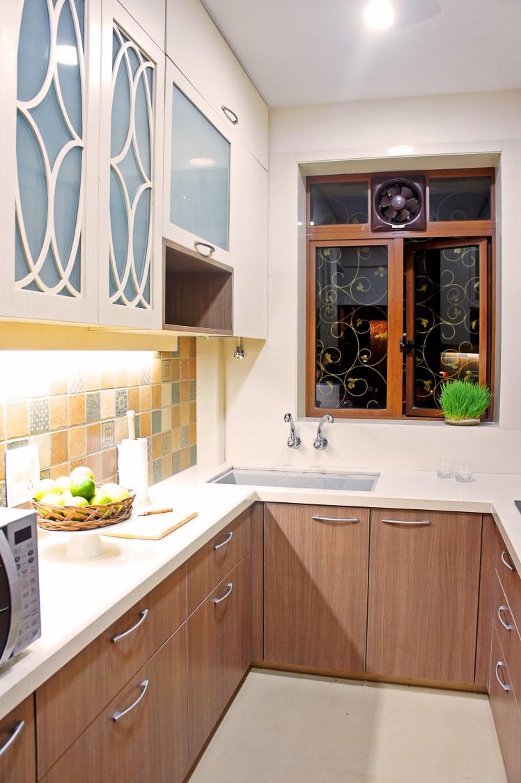 U Shaped Wooden Modular Kitchen Cabinets by Janaki Kumar Raut Modular-kitchen Contemporary | Interior Design Photos & Ideas