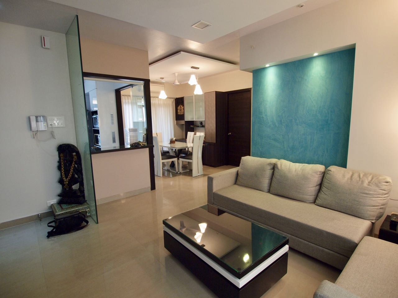 Living Room With Black Centre table And Leather Sofas by Janaki Kumar Raut Living-room Contemporary   Interior Design Photos & Ideas