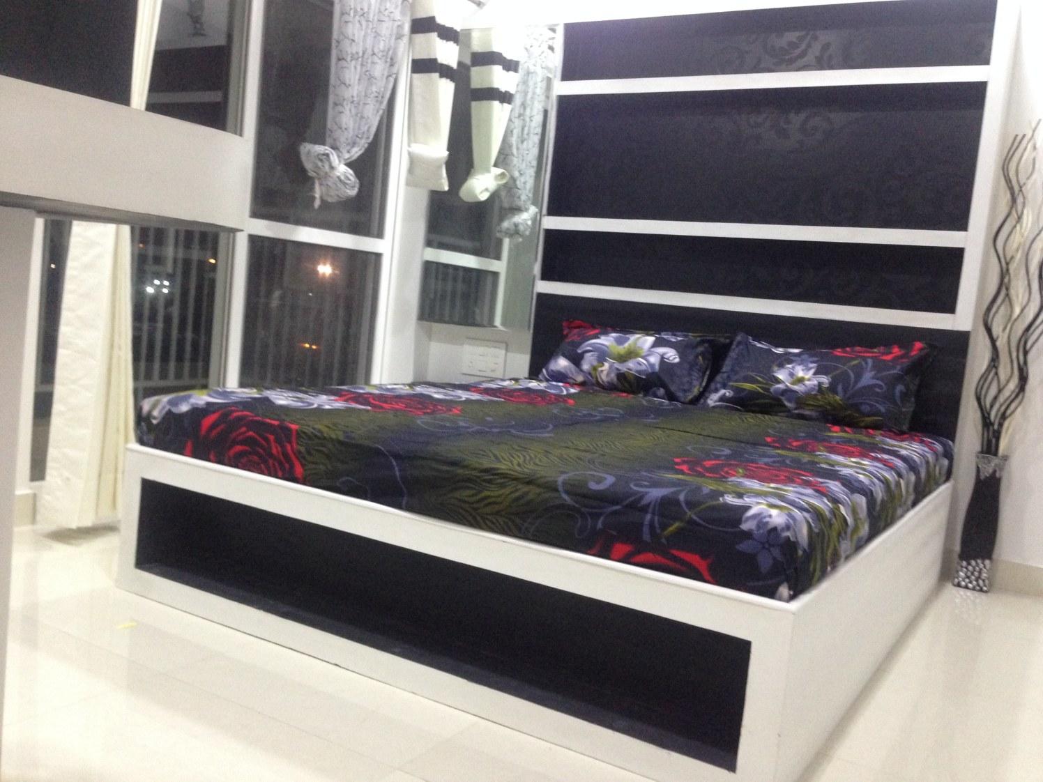 A Modern Bedroom! by Nikhil Bedroom Modern | Interior Design Photos & Ideas