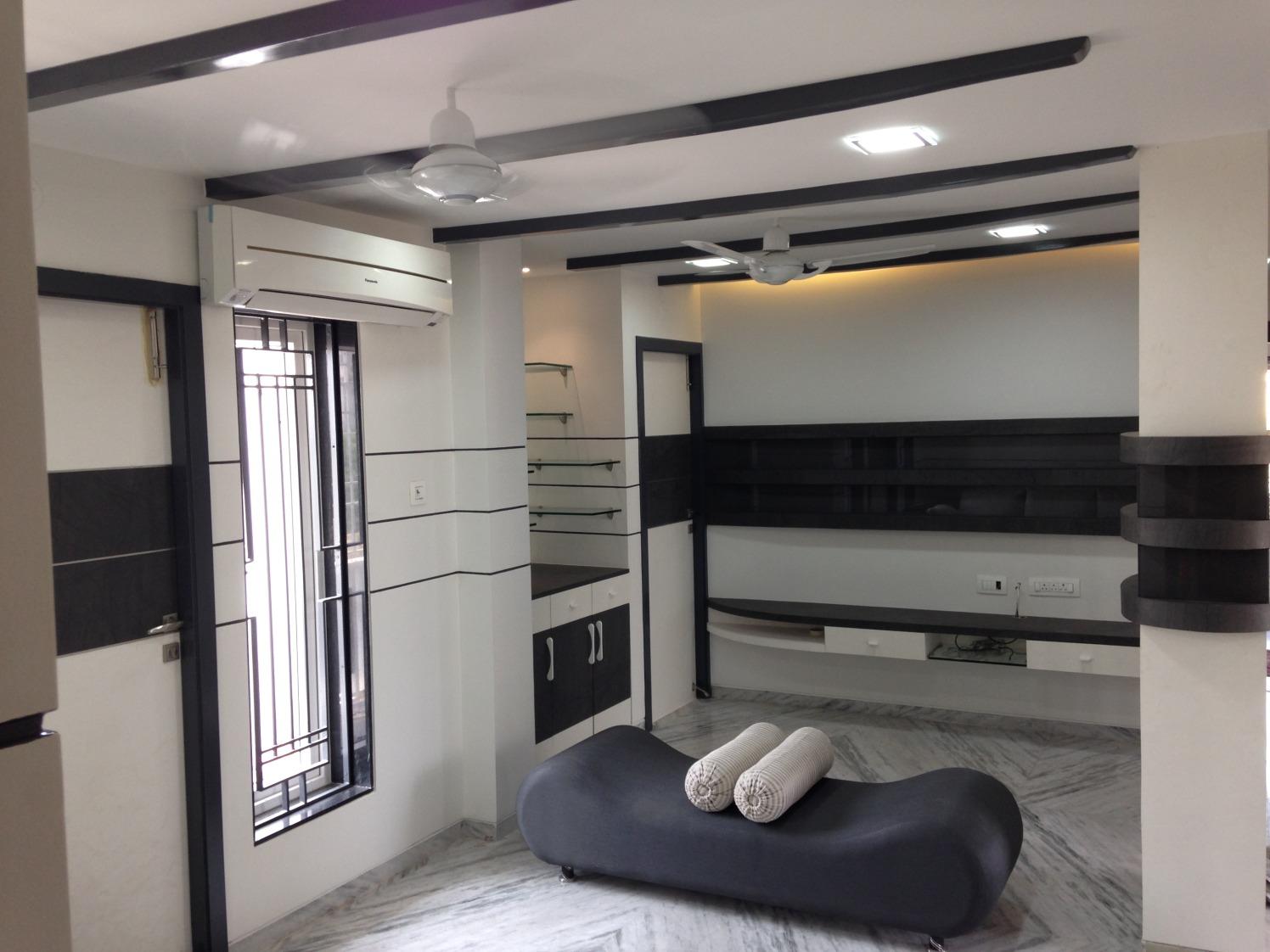 Black and white living room! by Nikhil Living-room Contemporary | Interior Design Photos & Ideas