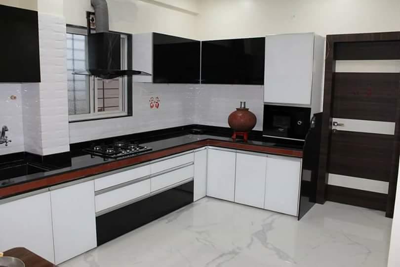 Black And White Modular kITCHEN by Pravin Kumar J Modular-kitchen Modern | Interior Design Photos & Ideas
