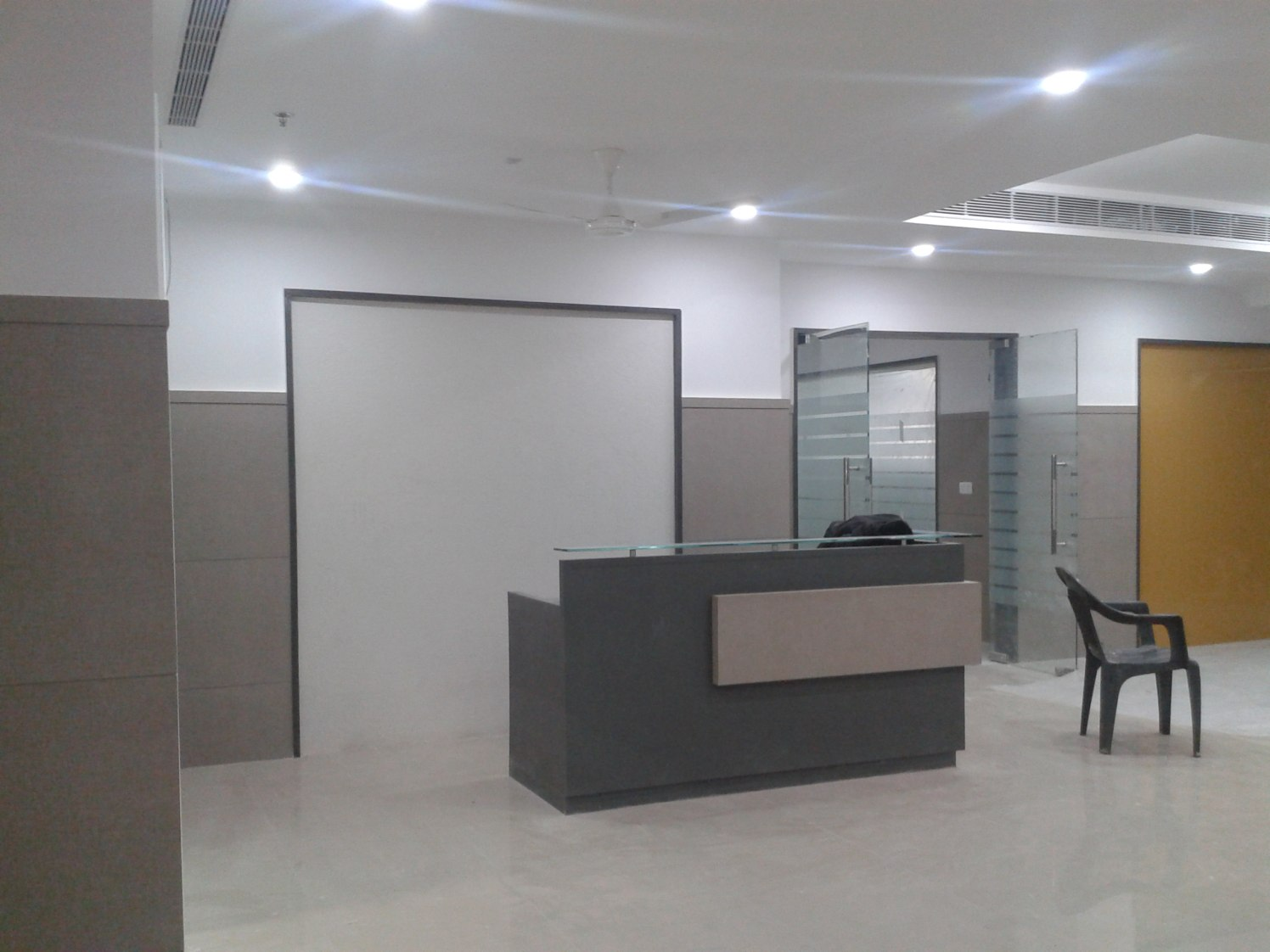 Cellular office space by rohini yadav Modern | Interior Design Photos & Ideas