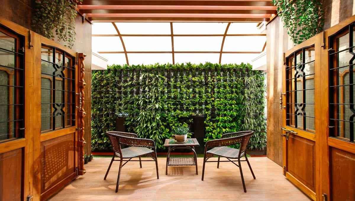 Outside Space with Wall Garden and glass Top Table with Chairs by Monnaie Architects Open-spaces Contemporary | Interior Design Photos & Ideas