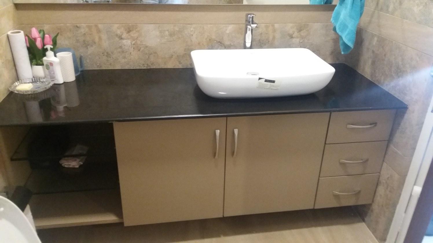 The washbasin by Global Associates Bathroom Minimalistic | Interior Design Photos & Ideas