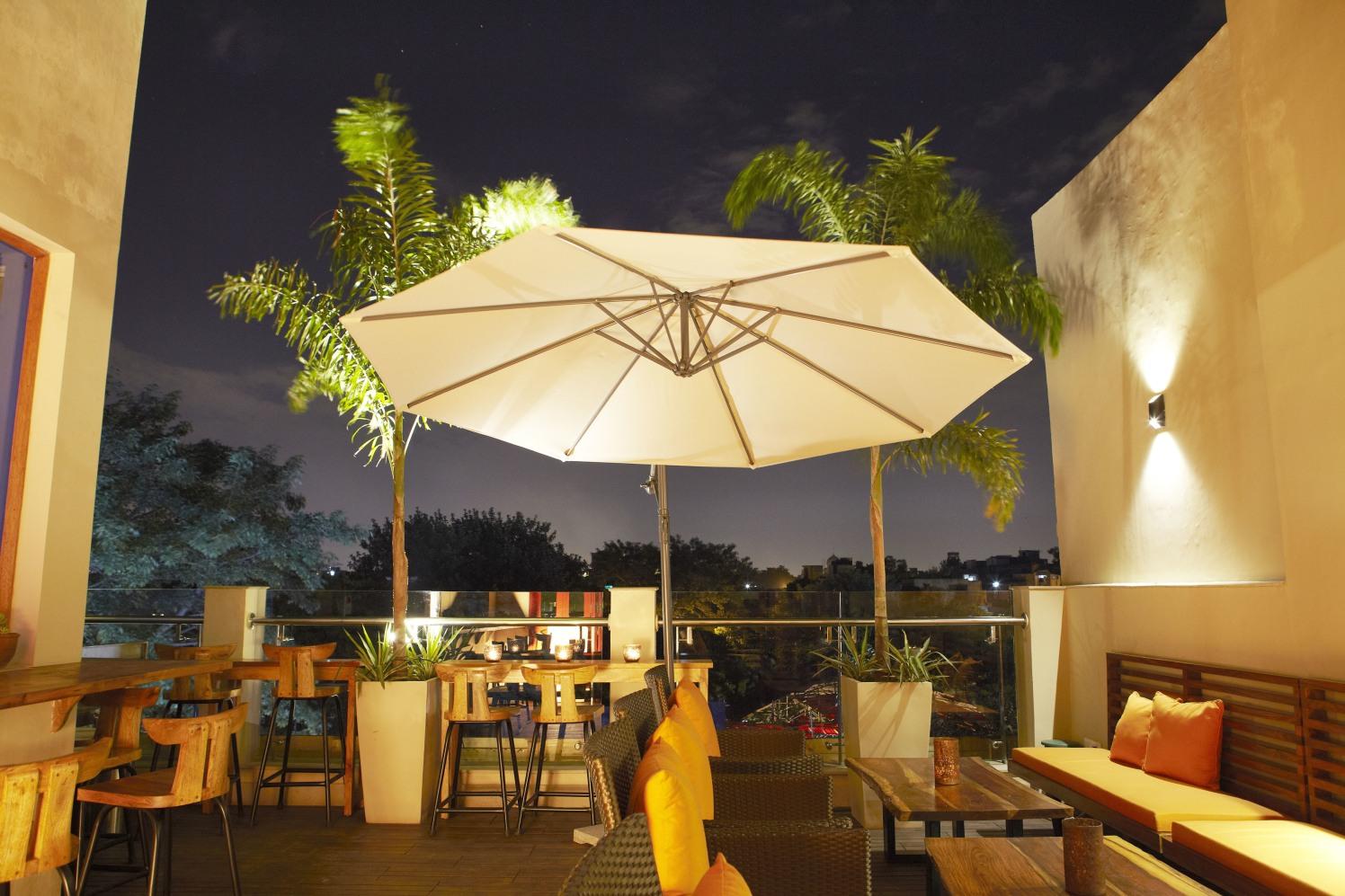 The White Umbrella by The Hidden Gallery Contemporary | Interior Design Photos & Ideas