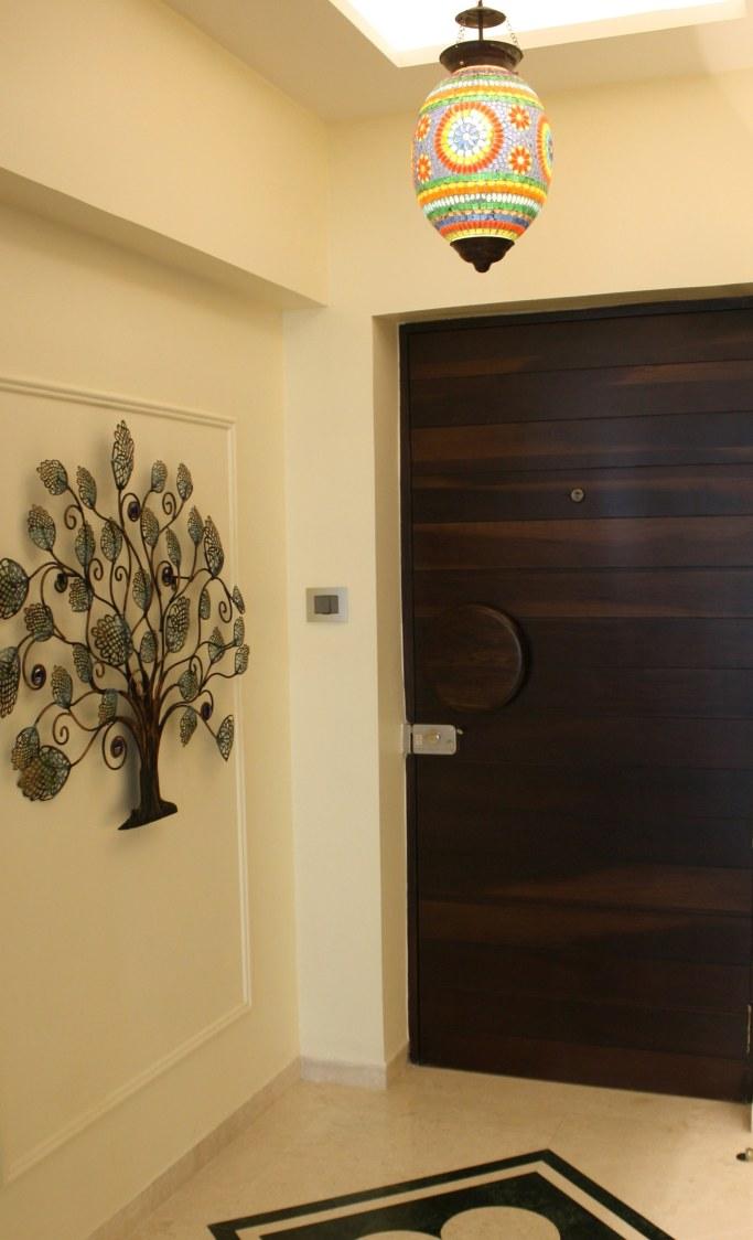 Hallway by Stonehenge Designs Indoor-spaces Contemporary | Interior Design Photos & Ideas