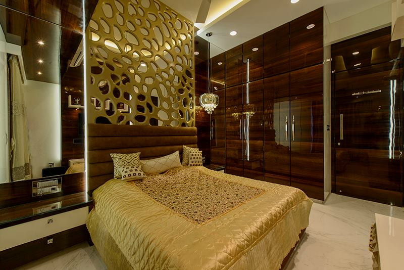 Golden Shaded King Size Bed Wooden Wardrobe by Sagar Shah Bedroom Modern | Interior Design Photos & Ideas