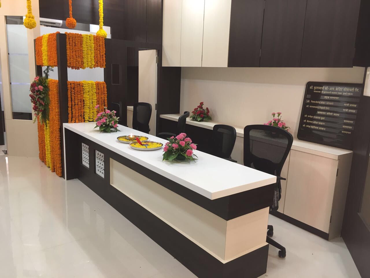 Office space by kavita.dhotre   Interior Design Photos & Ideas