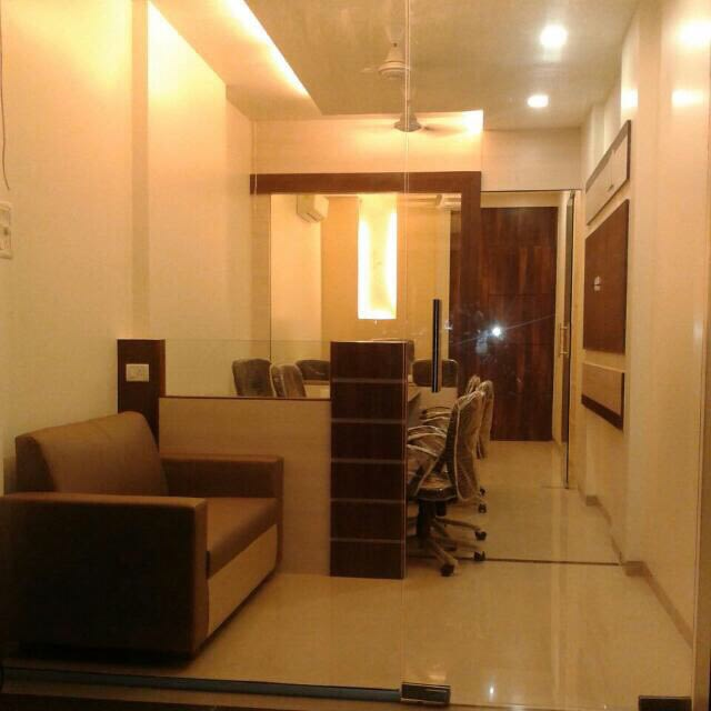 Cellular office  space with beige shade by kavita.dhotre Modern | Interior Design Photos & Ideas