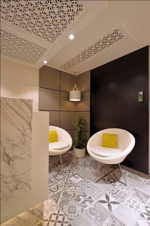 Office lounge area by kavita.dhotre | Interior Design Photos & Ideas