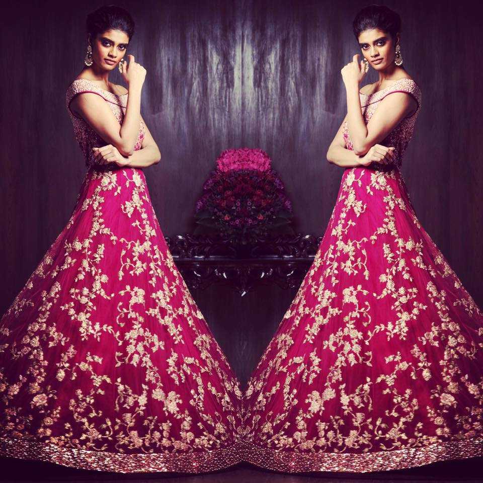 Crimson Heavily Embroidered Bridal Gown by Shyamal & Bhumika Wedding-dresses | Weddings Photos & Ideas