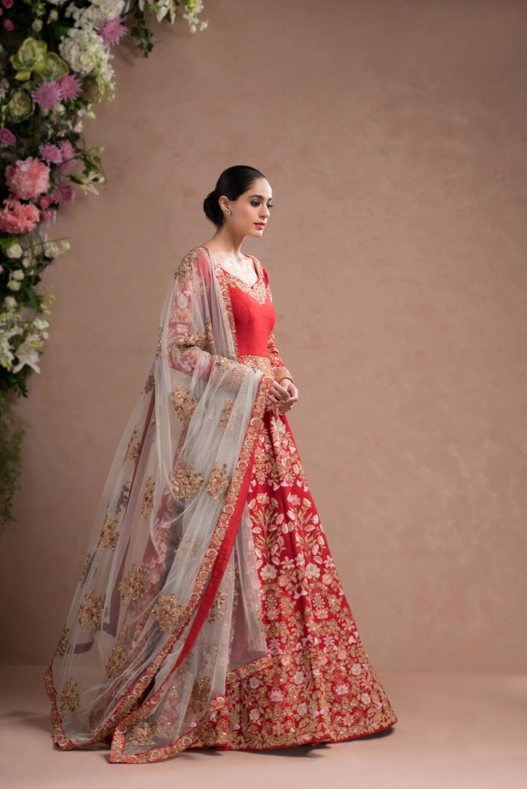Red Anarkali Suit With White Embroidered Dupatta by Shyamal & Bhumika Wedding-dresses | Weddings Photos & Ideas