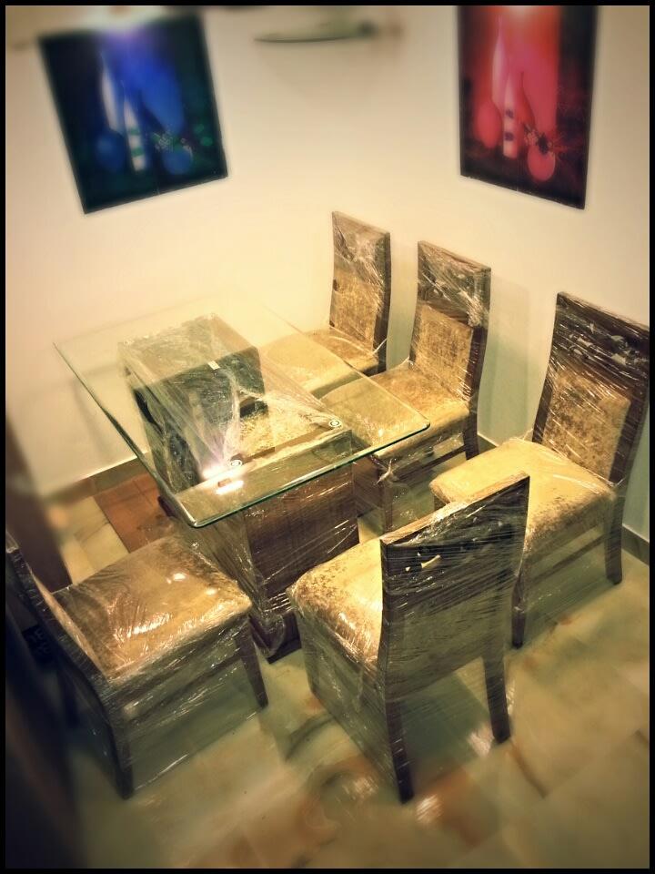 A simple dining table! by faizan Dining-room Modern | Interior Design Photos & Ideas