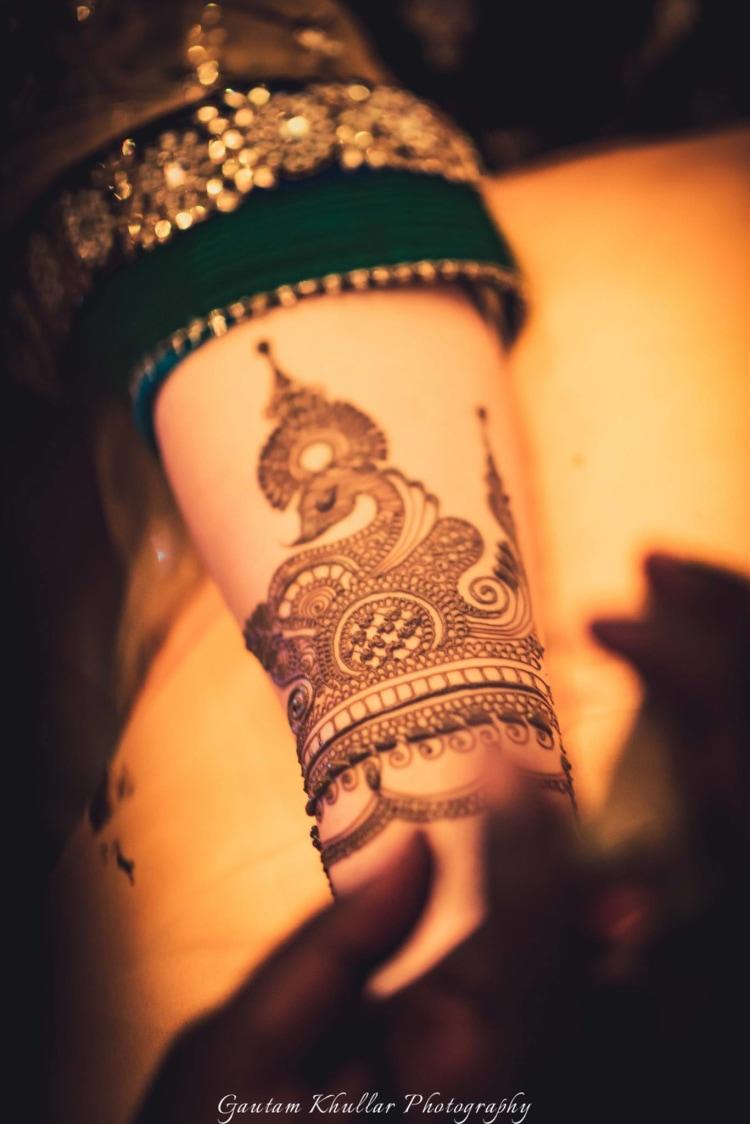 Peacock Design Done Intricately For The Bride's Mehendi by Gautam Khullar Bridal-mehendi | Weddings Photos & Ideas