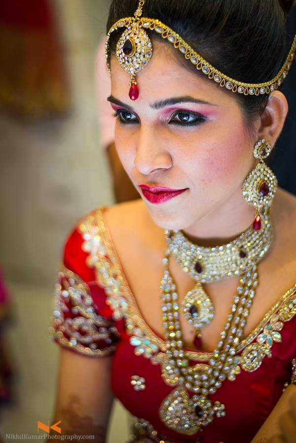 Bridal look of the day by Nikhil Kumar Bridal-makeup Bridal-jewellery-and-accessories | Weddings Photos & Ideas