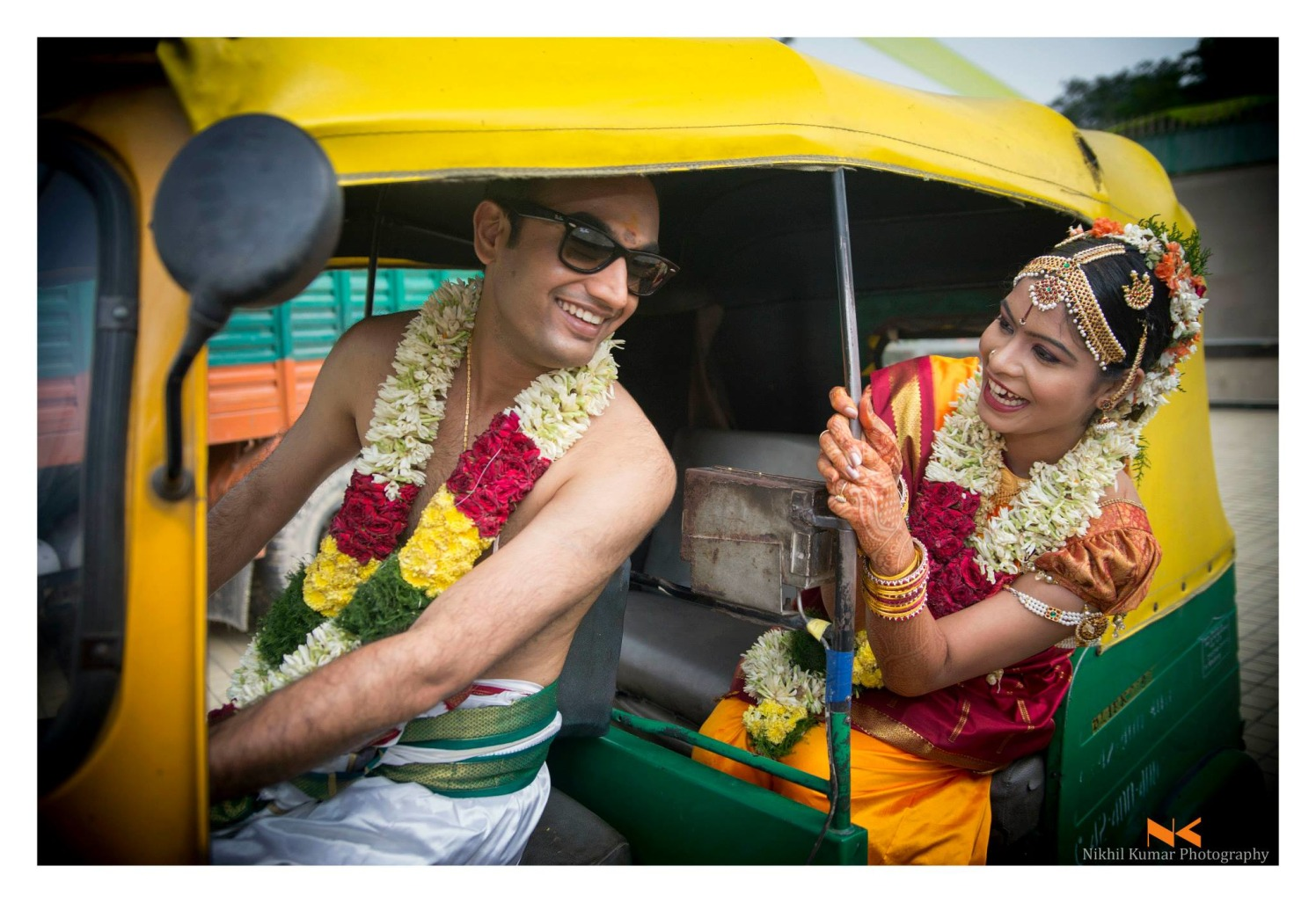 Indian Autorickshaw Couple Pre-wedding shoot by Nikhil Kumar Wedding-photography | Weddings Photos & Ideas