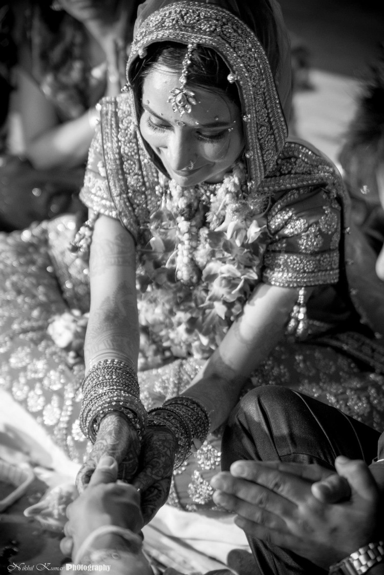 Bride Seeking For The Groom by Nikhil Kumar Wedding-photography | Weddings Photos & Ideas