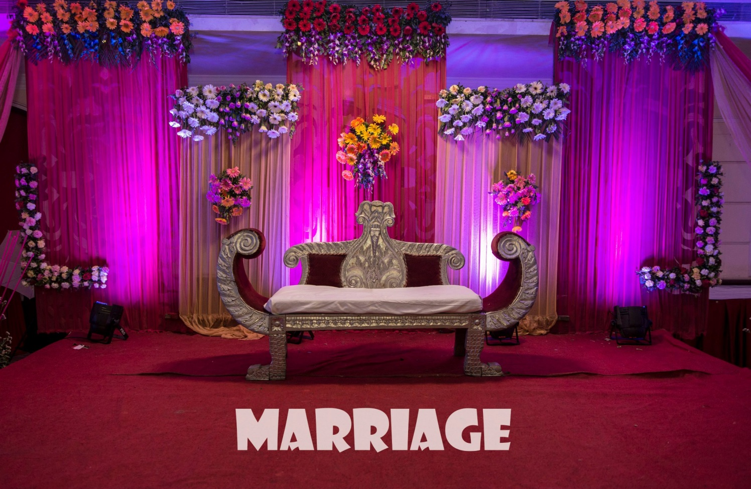 Floral Wedding Decor by Nikhil Kumar Wedding-decor | Weddings Photos & Ideas