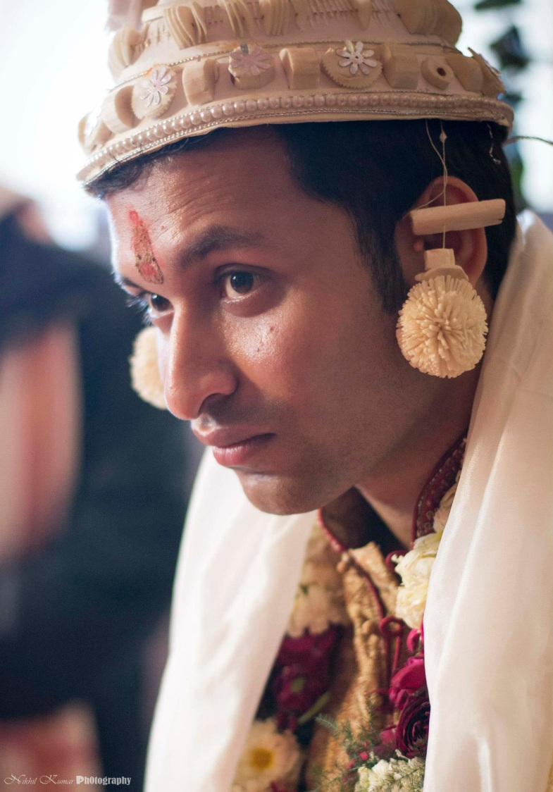Bengali Ivory Groom Accessory by Nikhil Kumar Wedding-photography Groom-wear-and-accessories | Weddings Photos & Ideas