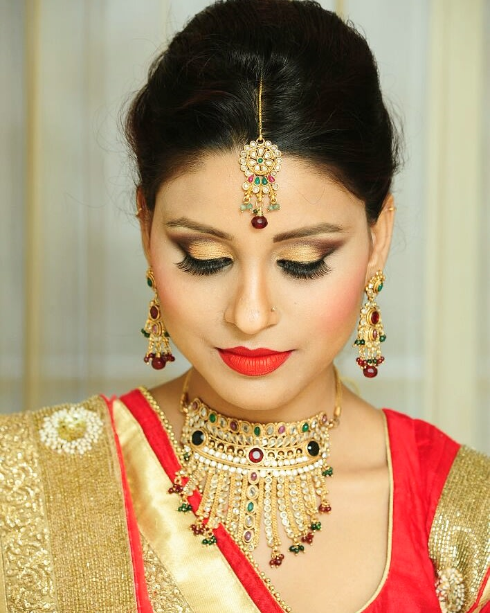 Enthralling gape by Supriti Batra Bridal-makeup | Weddings Photos & Ideas