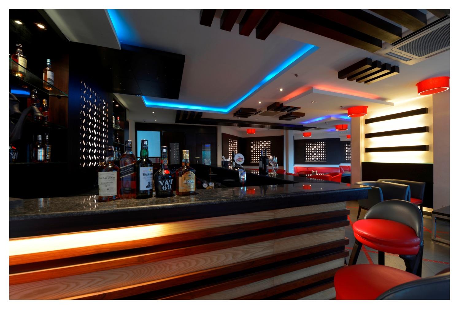 Bar Style by Vijay Kapur Contemporary   Interior Design Photos & Ideas