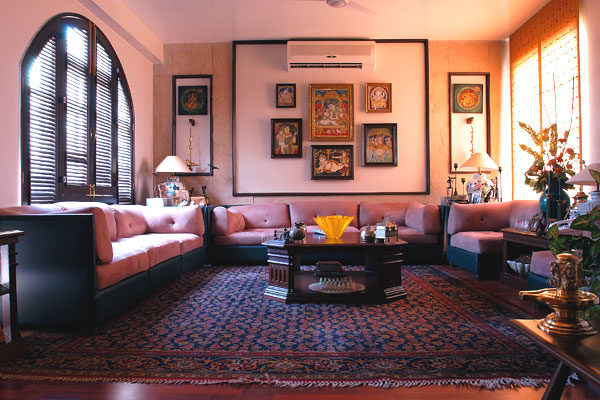Vintage Living Room Style by Vijay Kapur Living-room Vintage | Interior Design Photos & Ideas