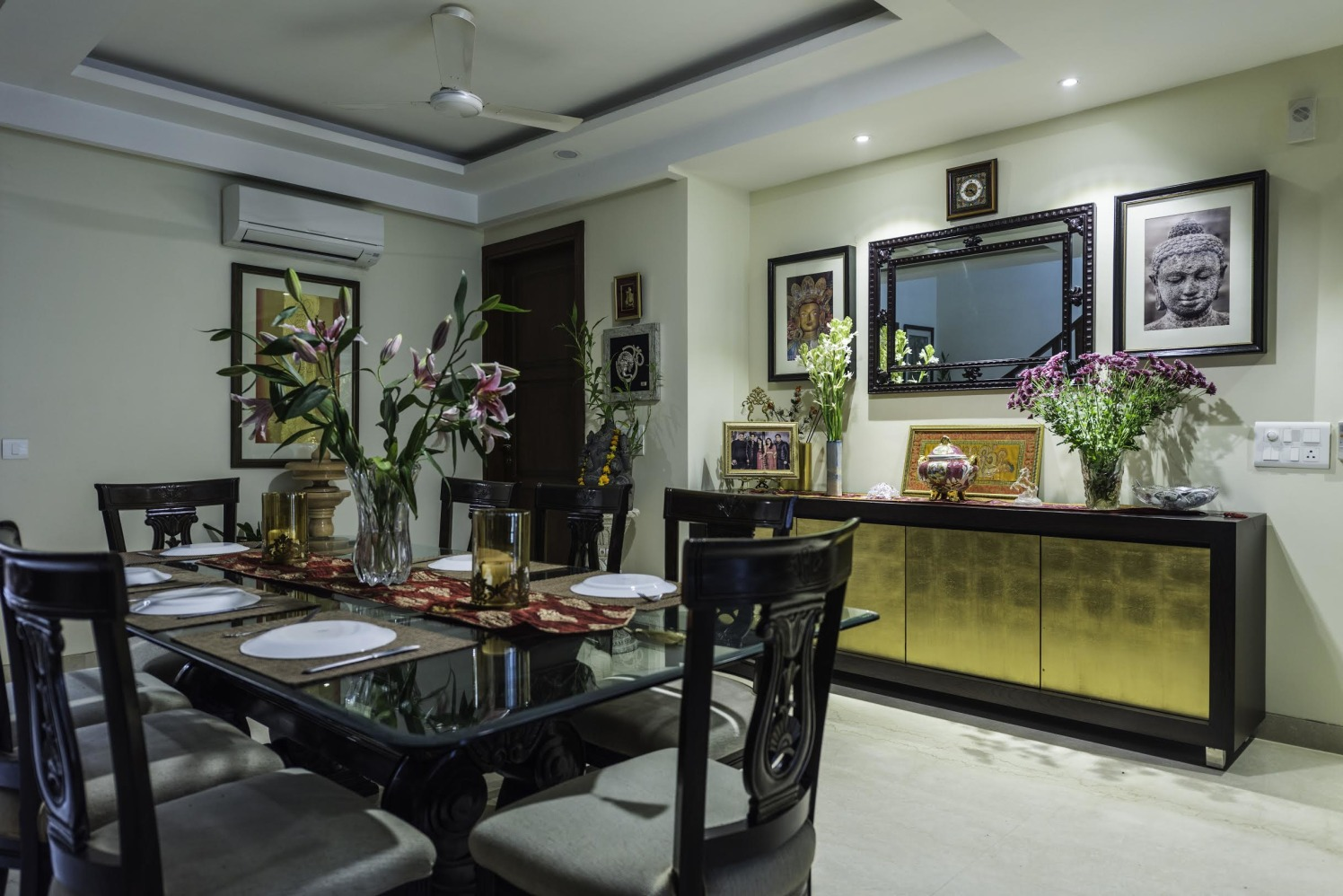 Traditional Dining Space by Vijay Kapur Dining-room Contemporary | Interior Design Photos & Ideas