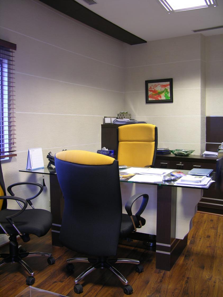 Modern Office Cabin by Vijay Kapur Designs Contemporary | Interior Design Photos & Ideas