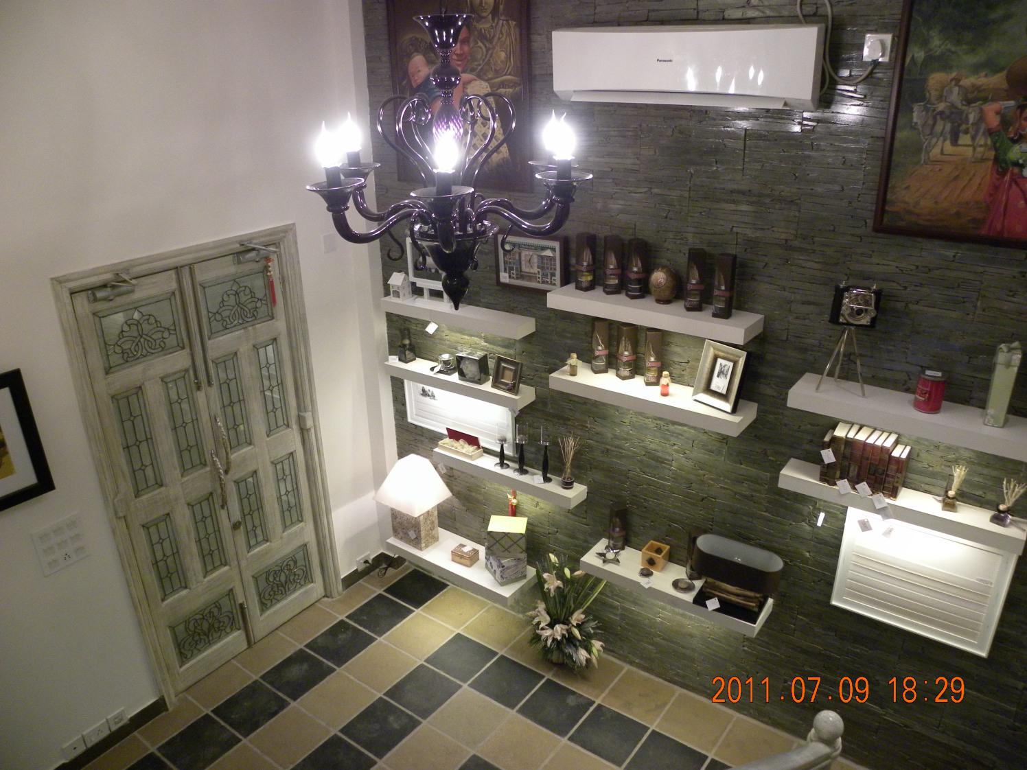 Rustic Retail Floor by Vijay Kapur Contemporary | Interior Design Photos & Ideas