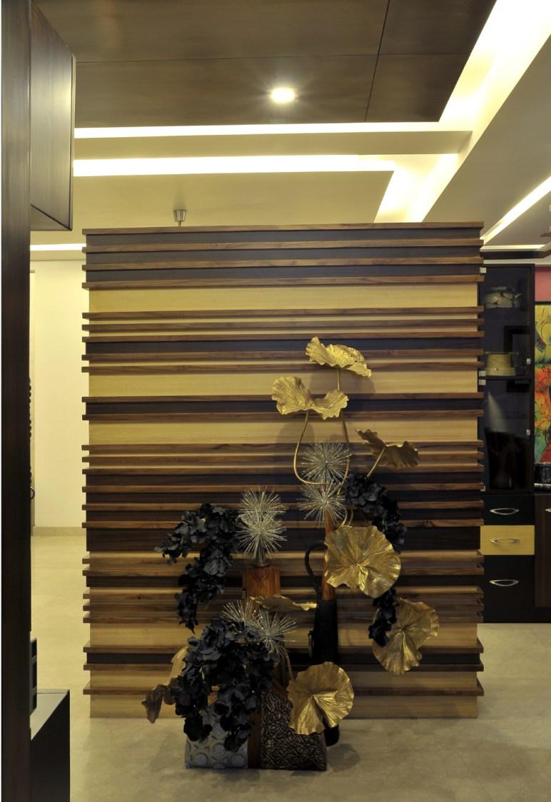 Modern Hallway by Vijay Kapur Indoor-spaces Contemporary | Interior Design Photos & Ideas