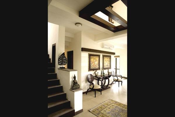 Contemporary Stairways by Vijay Kapur Indoor-spaces Contemporary | Interior Design Photos & Ideas