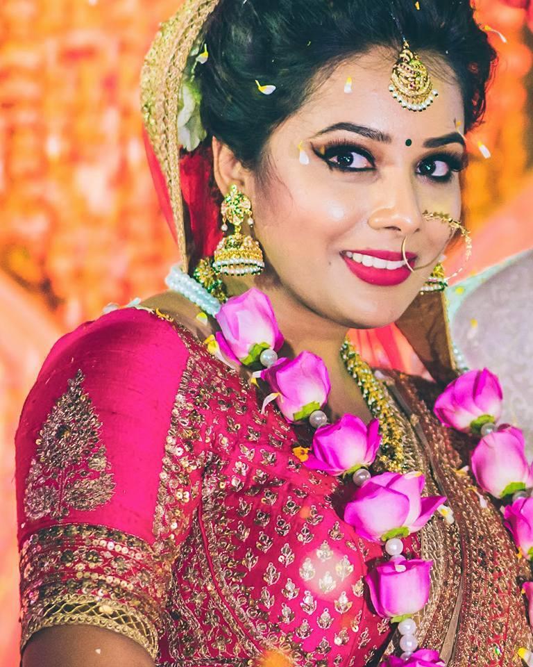 Luminiscent glow by Shruti Sharma Bridal-makeup | Weddings Photos & Ideas