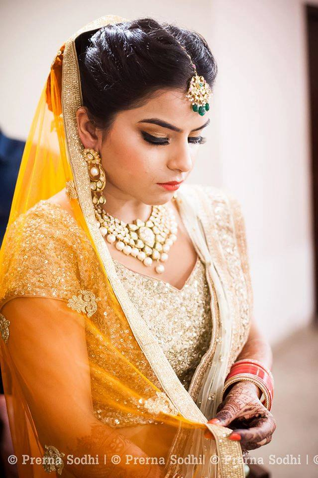 Golden glamour by Shruti Sharma Bridal-makeup | Weddings Photos & Ideas