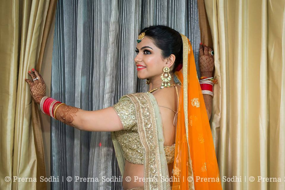 Natural glow by Shruti Sharma Bridal-makeup | Weddings Photos & Ideas