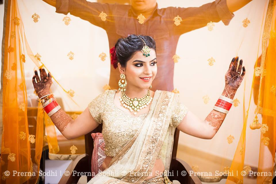 Finishing touch by Shruti Sharma Bridal-makeup | Weddings Photos & Ideas