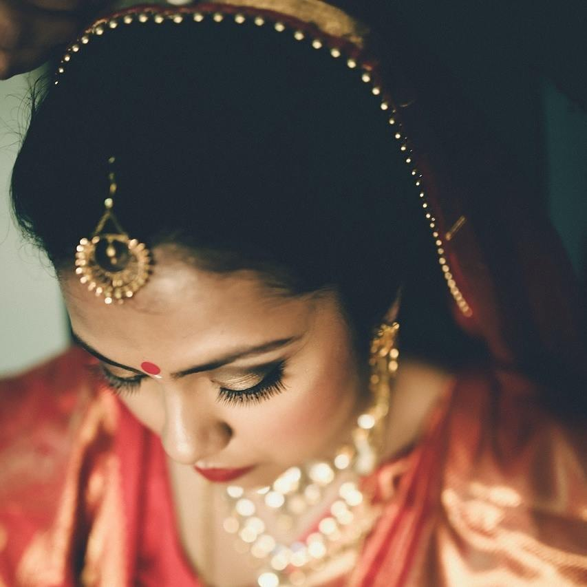 Glittering gold by Shikha K Chandra Bridal-makeup | Weddings Photos & Ideas