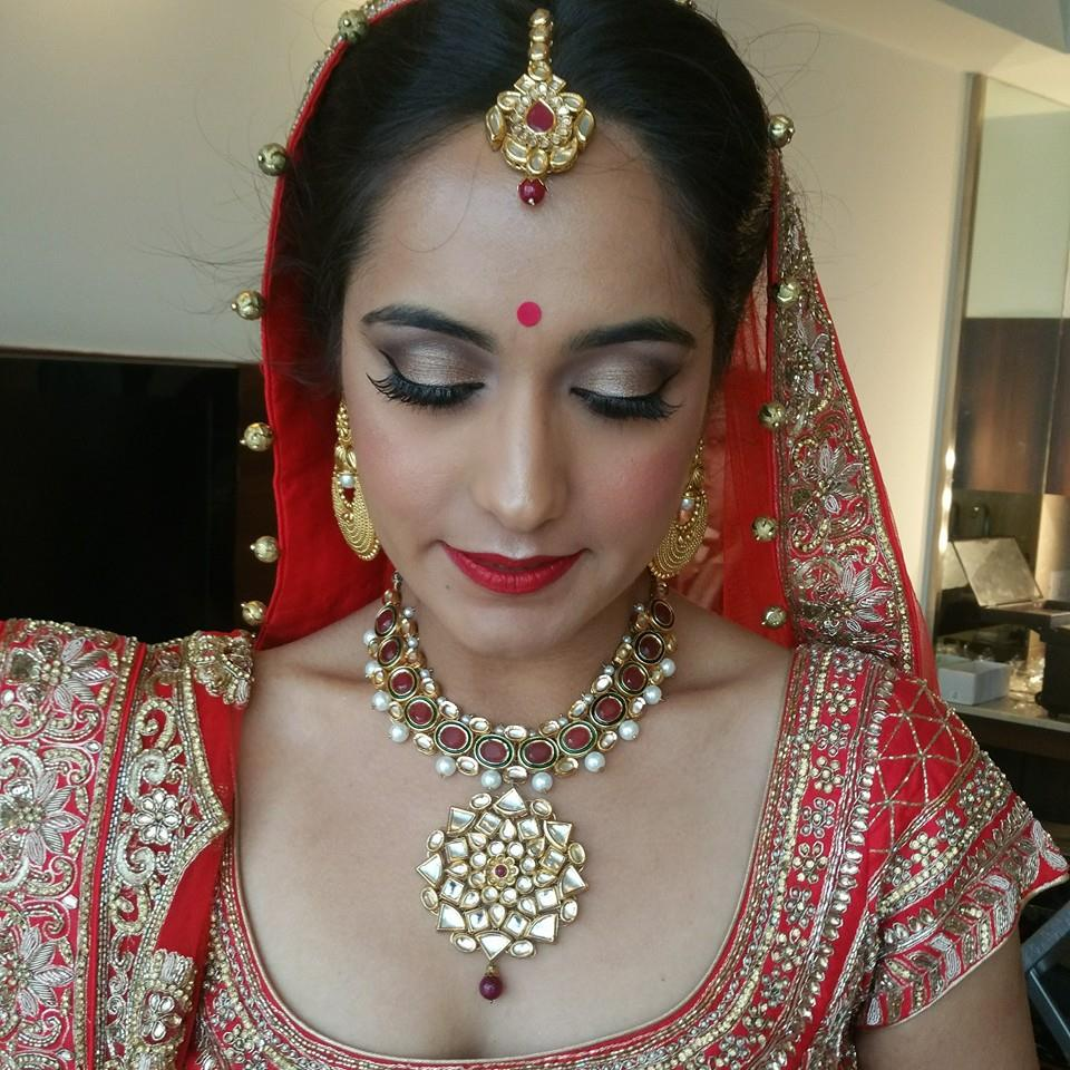 Minimalism is good by Shikha K Chandra Bridal-makeup | Weddings Photos & Ideas