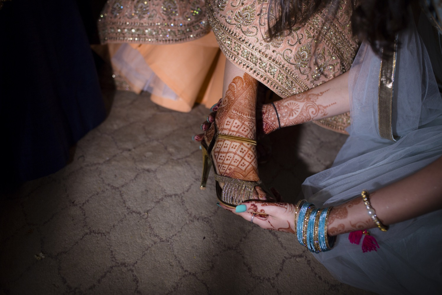 Shimmery Tip Toe by Arpit Gulati Bridal-jewellery-and-accessories | Weddings Photos & Ideas